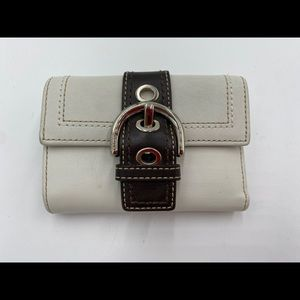 Coach white leather buckle wallet